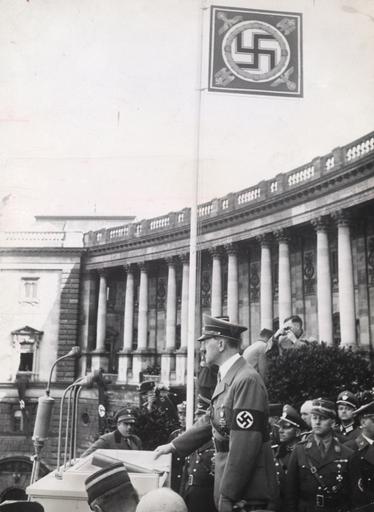 Hitler am 15.3.1938